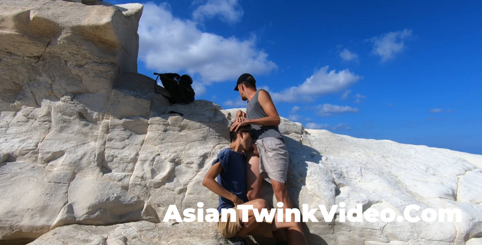 Asian Twink Sucking and Cums at Seaside