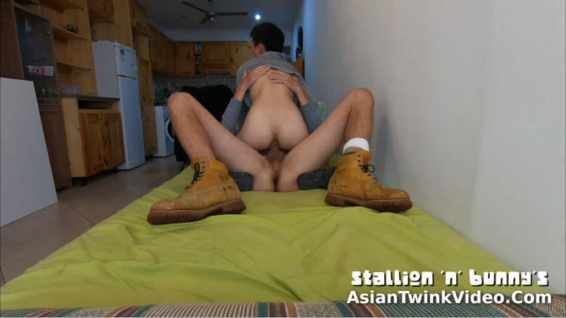 Young Asian Twink Riding His Boyfriend